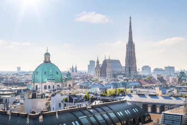 Hosting Vienna AT